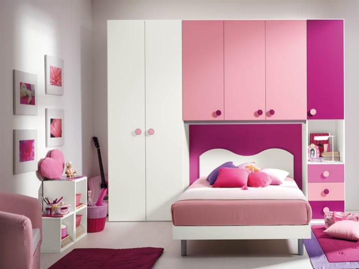 cameretta per bambini claudia mobili on line camerette per bambini camerette per ragazzi. Black Bedroom Furniture Sets. Home Design Ideas